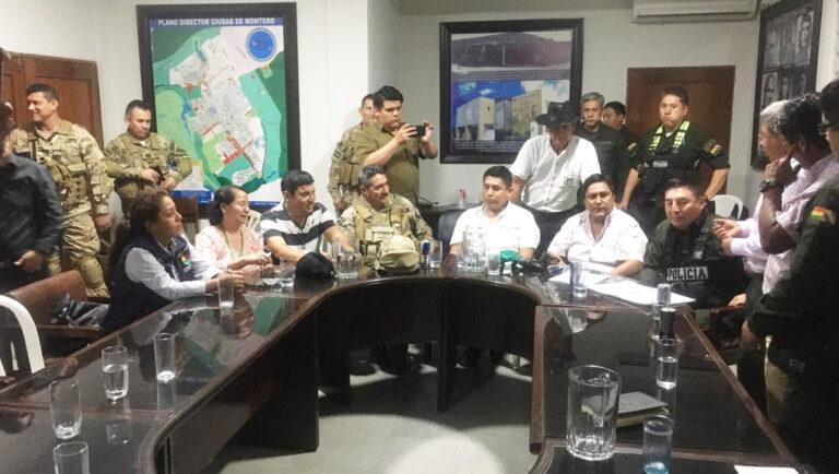 Diálogo acuerda levantar bloqueos en Yapacaní y repliegue simultáneo de FFAA